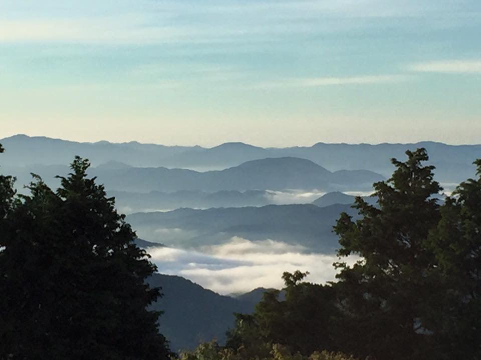 掘坂山頂上からの雲海